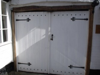 How to get in a garage when youve lost the garage door remotediy guides garage solutioingenieria Images