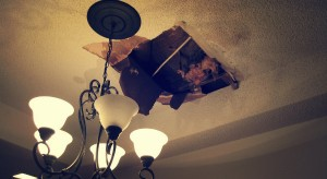 An image of water damage in the ceiling