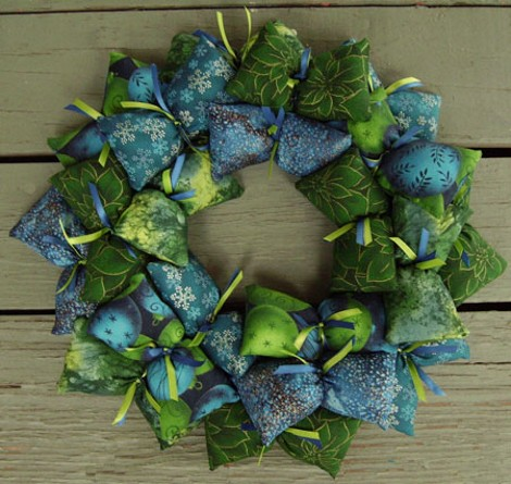 Green and blue wreath []