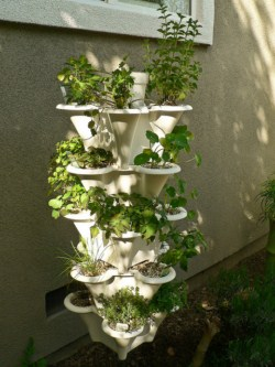 Build A Floating Hydroponic Gardendiy Guidesdiy Guides